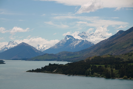 Wakatipu with LOTR location in forground